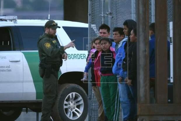 INMIGRACIÓN JUSTICIA - Se agrava el retraso de los casos de deportación en las cortes migratorias