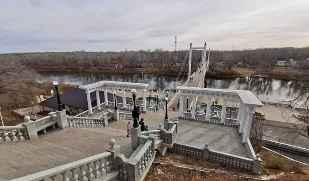 Подрядчик пообещал убрать трещины наНабережной вОренбурге засвой счет