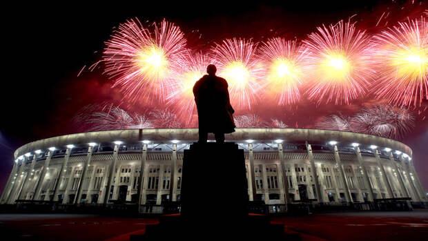 """""""12 тысяч залпов"""": салют в честь Дня Победы в Москве"""