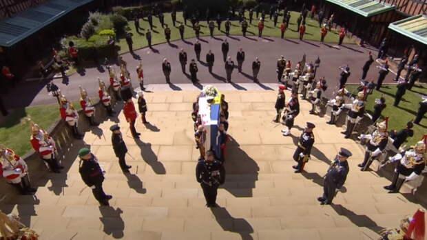 Принц Филипп похоронен в часовне Виндзорского замка, но это не последнее его пристанище