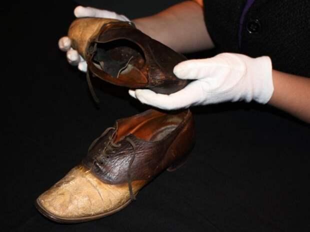 7 странных фактов о грабителе, который стал ботинками