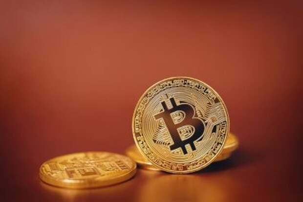 Криптовалюты становятся известнее и привычнее