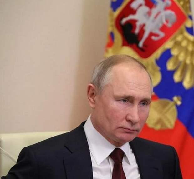 Владимир Путин заявил, что делать вакцинацию от коронавируса обязательной нельзя