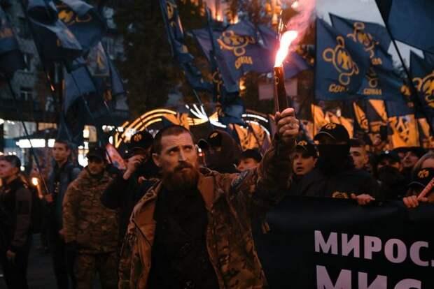 «Война возможна»: Ходаковский рассказал готовности украинского общества к новой войне за Донбасс