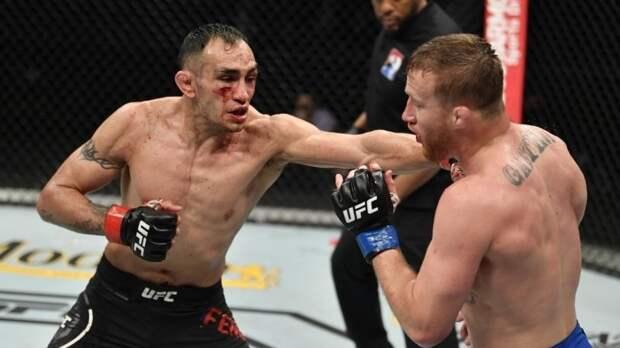 Фергюсон оскорбил Нурмагомедова на пресс-конференции перед турниром UFC 262