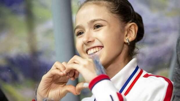 Камила Валиева выиграла короткую программу с рекордом и тройным акселем!