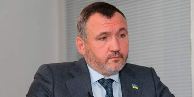 Кузьмин: вопрос отношений с РФ остается самым важным для украинцев