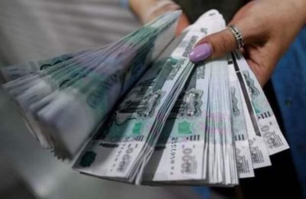 Рубль утром обновляет локальные пики, продолжая рост после предложений США