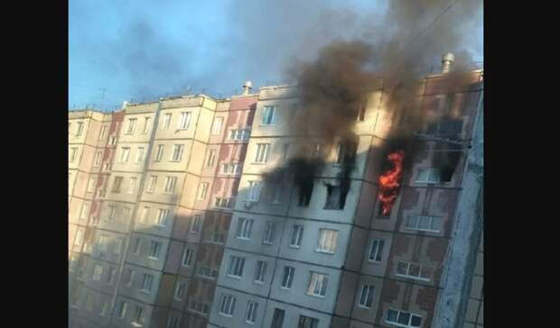 Из-за забытых на плите пельменей сгорела трехкомнатная квартира на Народной в Тюмени