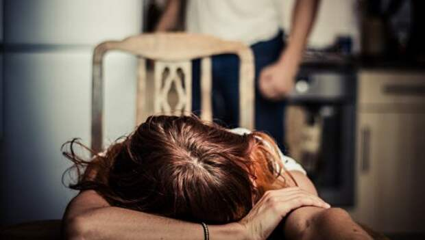 Бьет — значит может убить. Что изменил вывод домашних побоев из УК