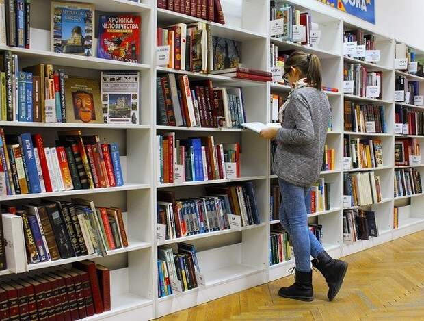 Детская библиотека №242 переехала на Карамышевскую набережную временно