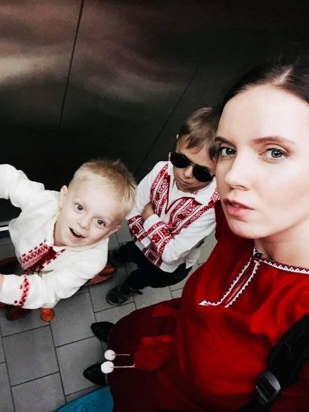 Янина Соколова, укронацистская телеведущая, о мове и языке.
