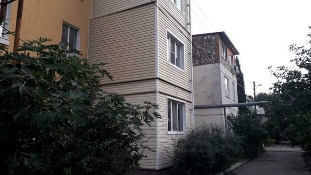 Увидел как владельцы квартир Нескромно расширили свою жилплощадь. Показываю фото 📷