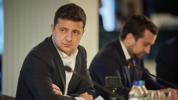 Зеленский заявил, что Украина утвердила санкции против 111 криминальных авторитетов