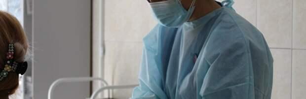 О планах по вакцинации до конца апреля рассказал главный санврач Казахстана