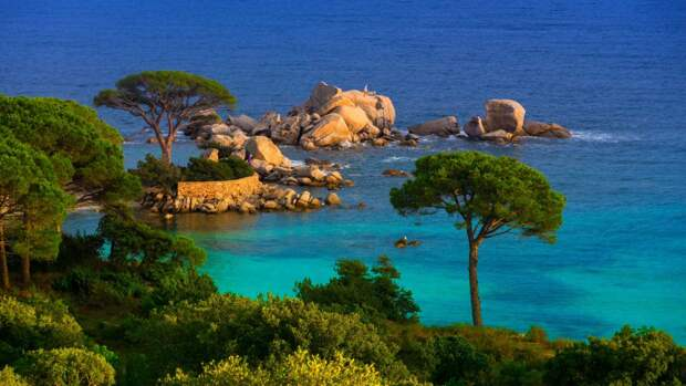 Корсика —«блуждающий» остров.