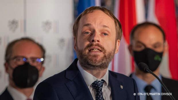 Глава МИД Чехии заявил о невозможности разрыва отношений с Россией