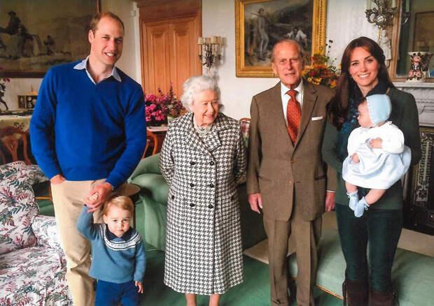 Принц Уильям и Кейт Миддлтон говорят, что их дети скучают по своему прадедушке принцу Филиппу