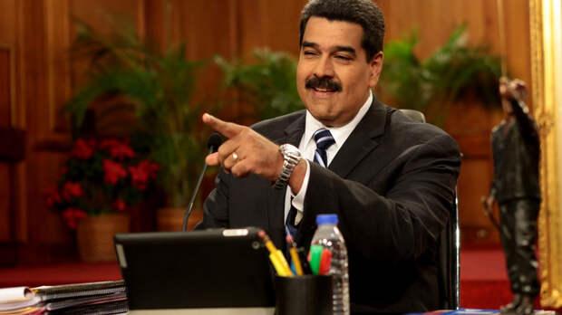 «Начал говорить по-русски»: президент Венесуэлы о прививке «Спутником V»