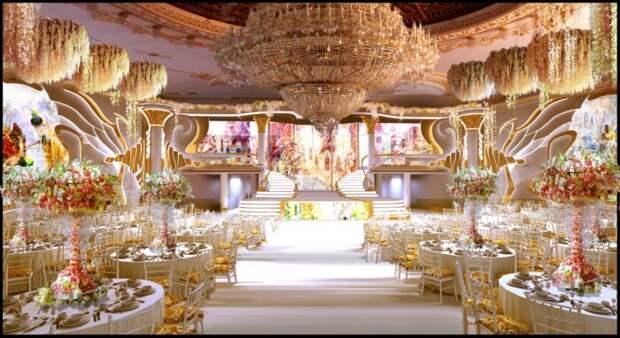 В Москве с аукциона продают  Дом торжеств «Сафиса» на Воробьевых горах