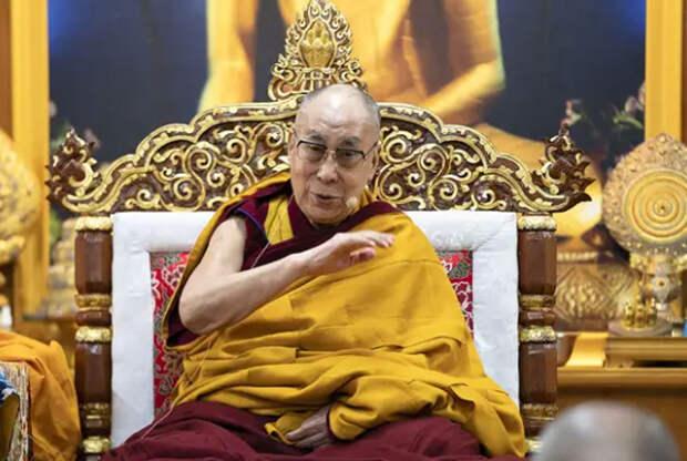 Далай-лама связал женщин во власти с безопасностью мира