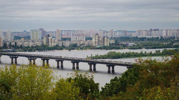 Политолог Якубин рассказал о разделении олигархов на Украине