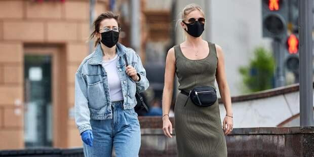 Медики не советуют отказываться от ношения защитных масок