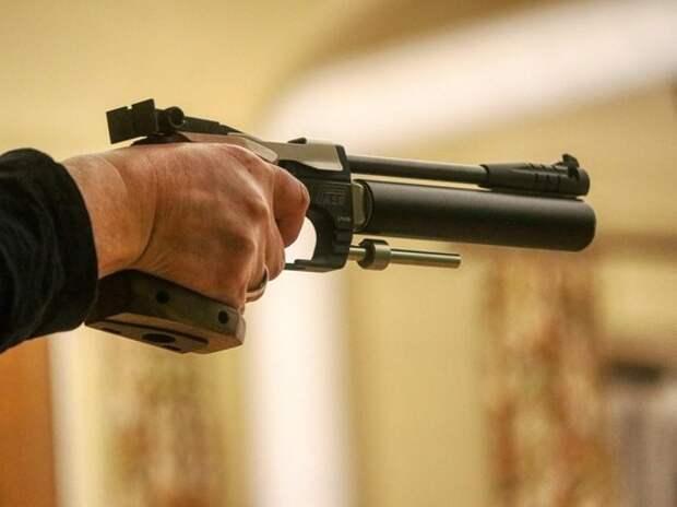 У московского подростка, обещавшего устроить расстрел в школе, нашли оружие