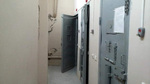 Обвиняемому вкраже из«самолета Судного дня» вТаганроге продлен арест натри месяца