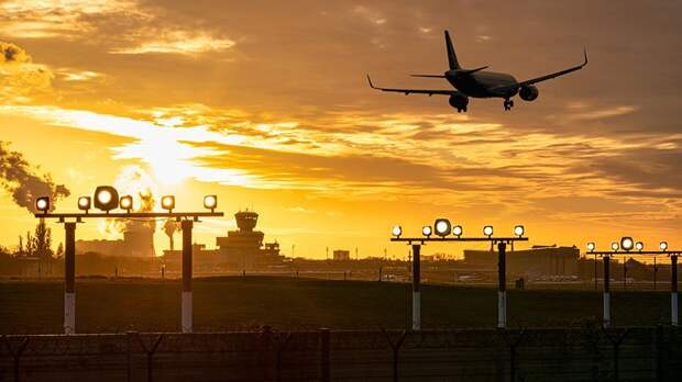ФАС предложила авиакомпаниям способ сдерживания цен на топливо