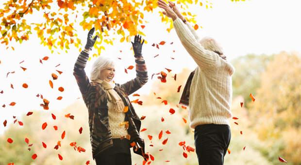Как пережить юность в старости: разные этапы каждого возраста
