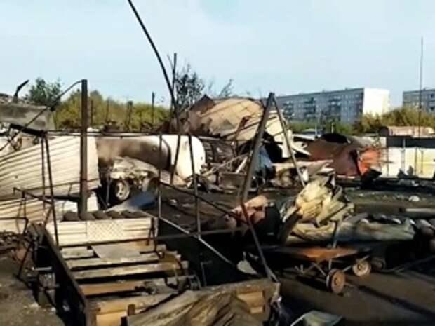 Уничтоженную взрывом новосибирскую заправку сняли на видео