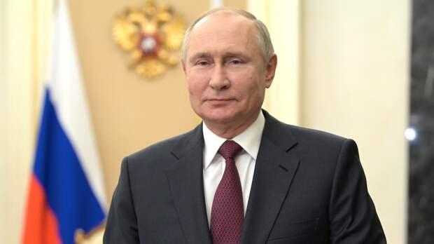 Песков объяснил частое присутствие Путина в телеэфире