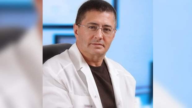 Мясников жестко ответил антипрививочникам о вакцинации от COVID-19