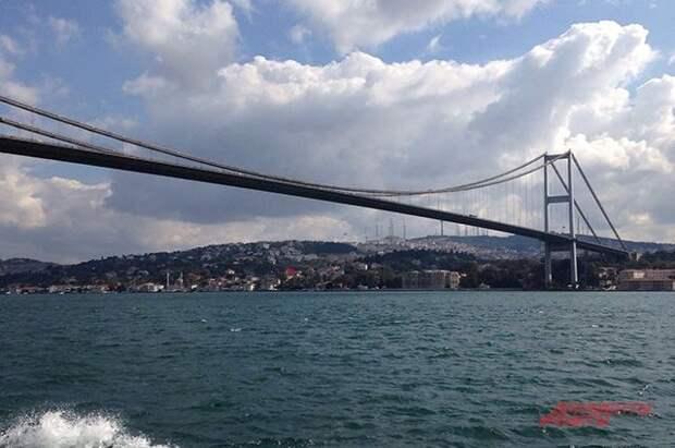 Движение судов через пролив Босфор полностью восстановлено