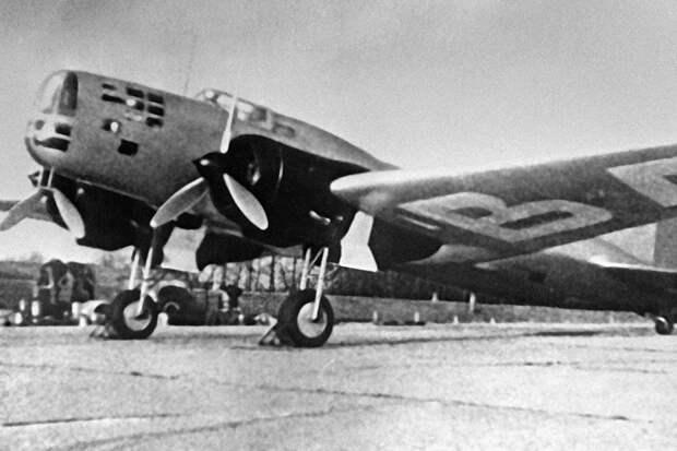 Первый полет бомбардировщика ЦКБ-30 состоялся 85 лет назад
