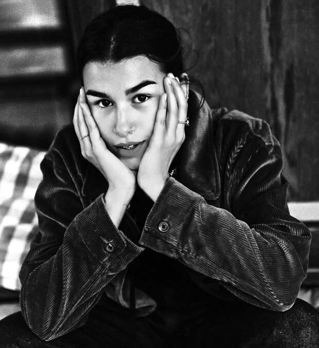14 ярких фото падчерицы Ивана Урганта – Эрики Кикнадзе