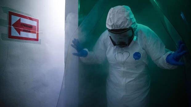 В центре Гамалеи дали негативный прогноз по развитию эпидемии в России