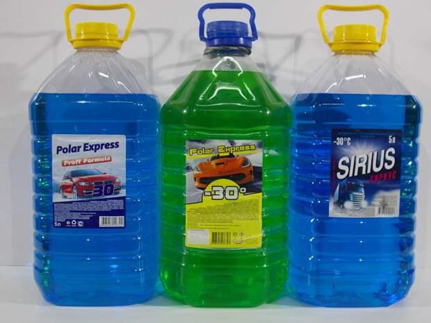 Что цвет стеклотомывающей жидкости говорит о продукте?