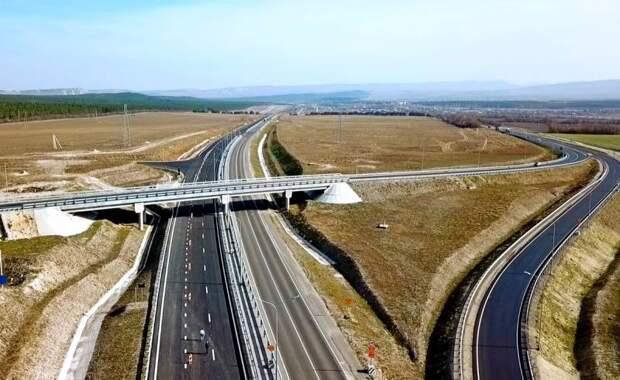 Новые «дорожные налоги»: россиян заставят пересесть на общественный транспорт