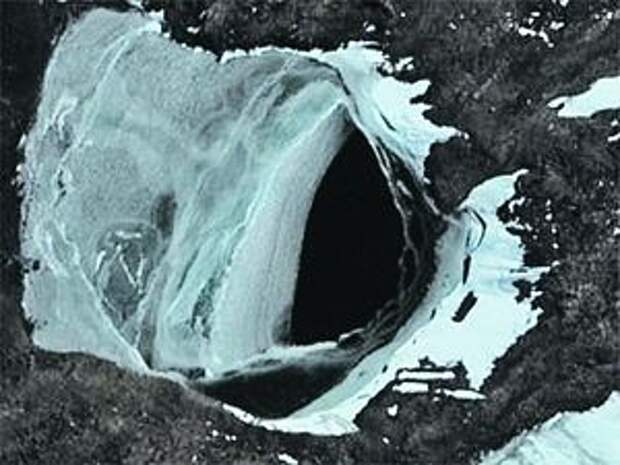 Врата ада в Антарктиде?