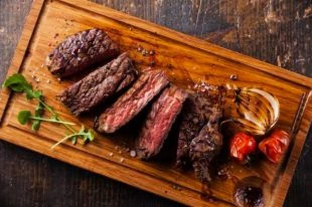 Выбираем стейк. Как купить беспроигрышное мясо для праздника