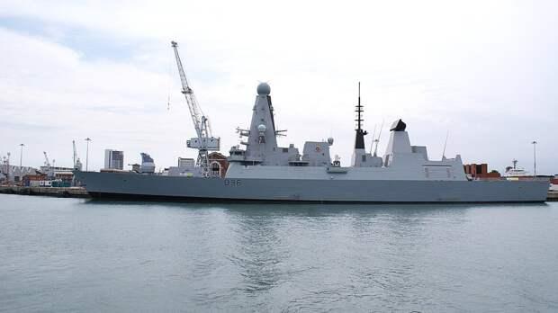 В Минобороны РФ заявили о пятне на репутации британских ВМС после инцидента с Defender