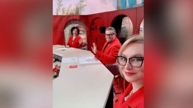 """Стилисты """"Модного приговора"""" преобразили 94-летнюю участницу обороны Сталинграда"""