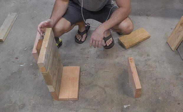 Скамья на бетонных опорах своими руками