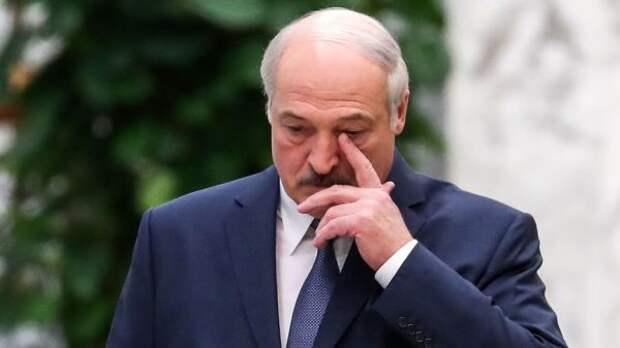 Лукашенко вДень Победы издал указ озащите суверенитета Белоруссии