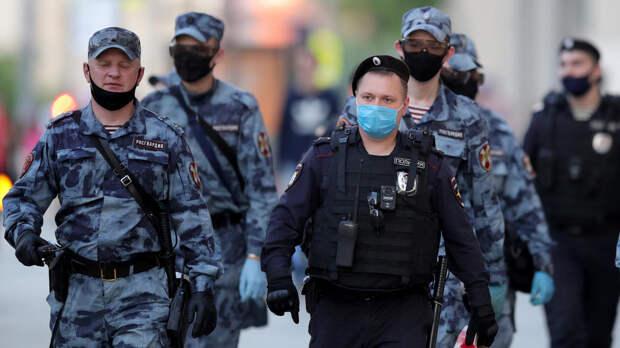 Полицейские обеспечили порядок на мероприятиях в честь Дня Победы