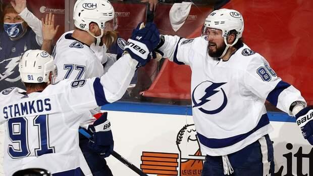 3 передачи Кучерова и Сергачева в видеообзоре матча плей-офф НХЛ «Тампа» — «Флорида»