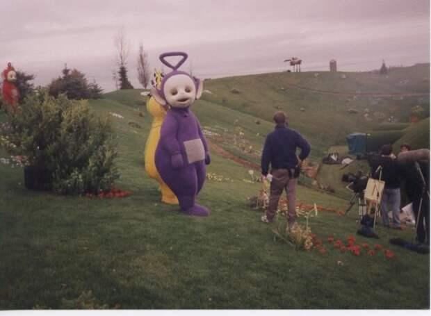 На съемочной площадке Телепузиков, Англия, 1990–е.