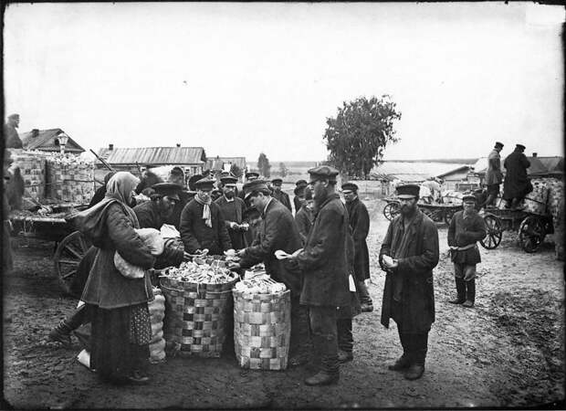 Ложкарный базар в городе Семенове. 1897 г. История в фотографиях, россия